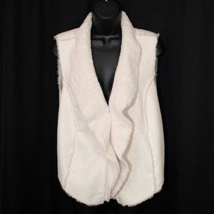 Three Hearts Faux Shearling Vest Cream M 1211X